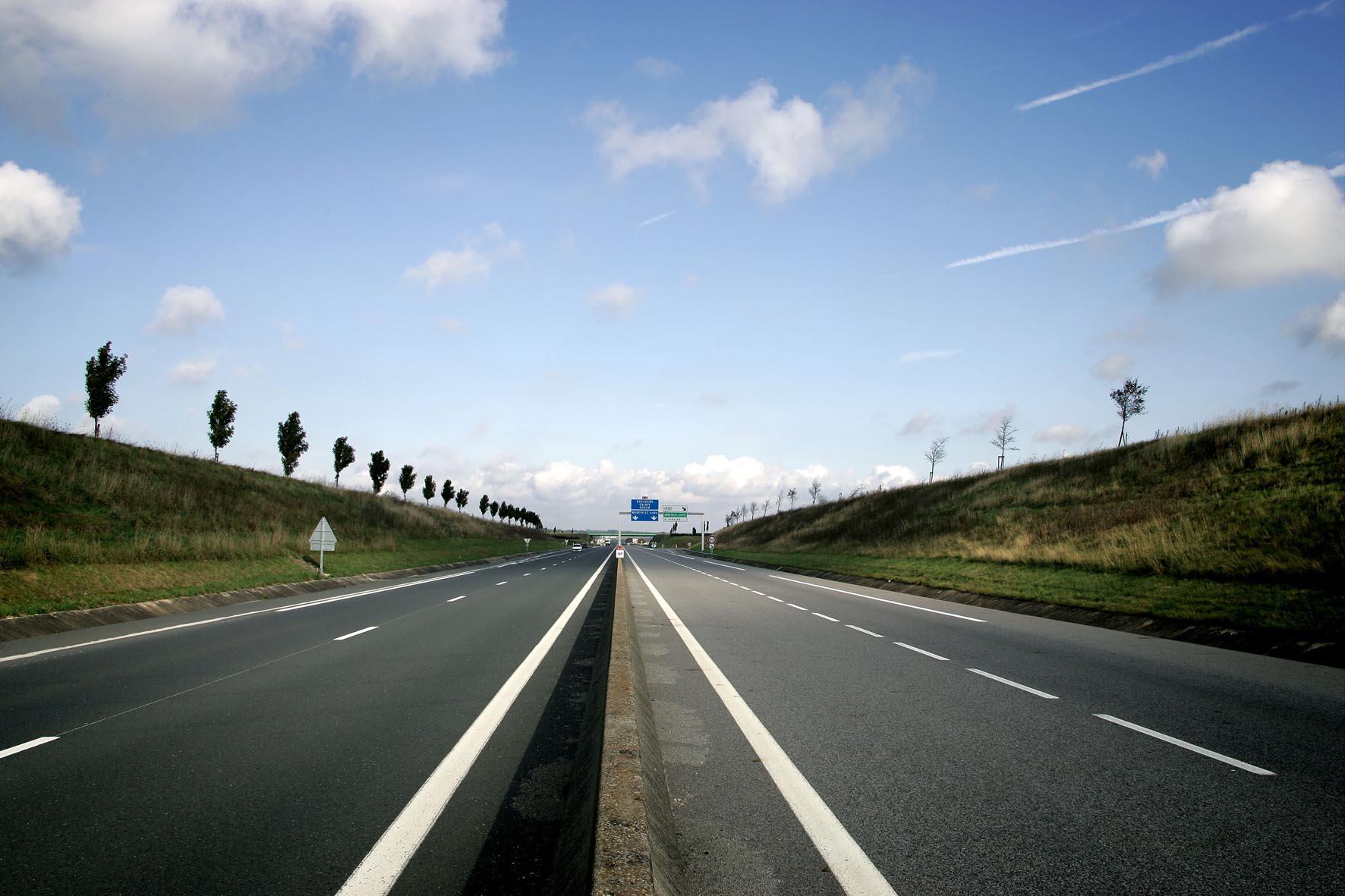 Autoroute A16