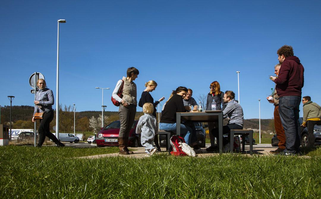 Clients sur table picnic